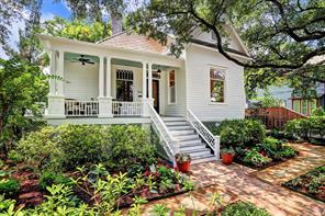 420 Bayland Avenue, Houston, TX 77009