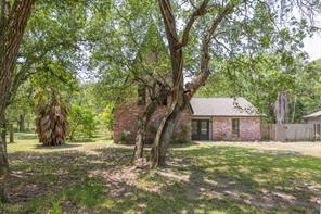 20702 Live Oak, Damon TX 77430