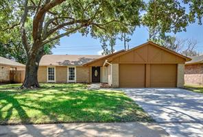 Houston Home at 17330 Heritage Bay Drive Webster , TX , 77598-3019 For Sale