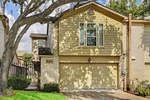 Houston Home at 5611 Innsbruck Street Bellaire , TX , 77401-2622 For Sale