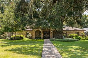 316 forest drive, lake jackson, TX 77566