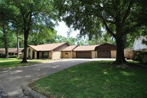105 maple street, conroe, TX 77301