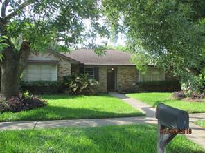 302 North Forest Blvd, Houston TX 77090