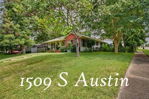 1509 s austin street, brenham, TX 77833