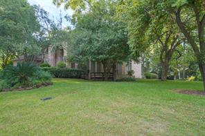 Welcome to this stately home in the gated community of Bentwater on Lake Conroe!