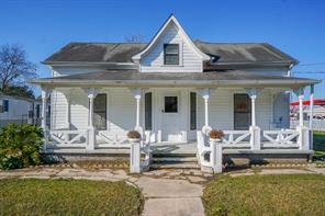 206 Magnolia, East Bernard TX 77435