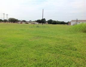 1 6th street corner, hempstead, TX 77445