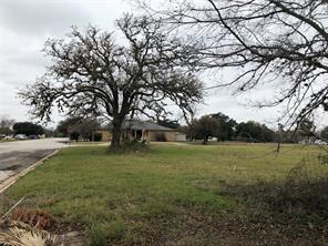2345 10th street, hempstead, TX 77445