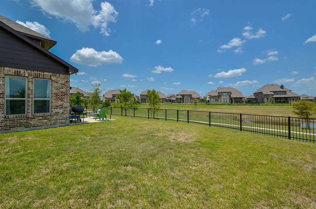 20414 Regal Shadow Lane, Cypress, TX 77433 | Better Homes and ...