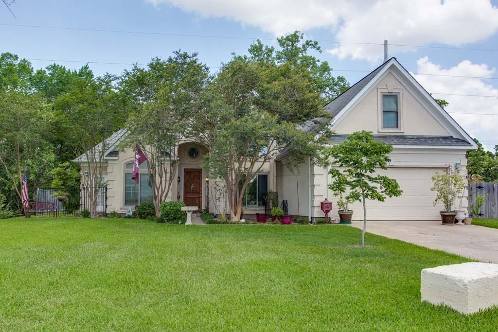 400 Fairway Drive, Bryan, TX 77801
