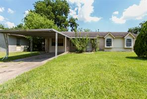 5243 grace point lane, houston, TX 77048