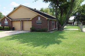 Houston Home at 9723 Youngcrest Drive B Stafford , TX , 77477-3440 For Sale