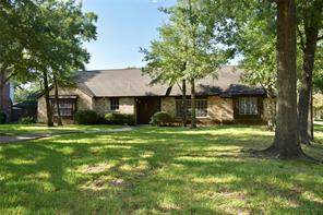 Houston Home at 443 Bayou View Drive El Lago , TX , 77586-6105 For Sale