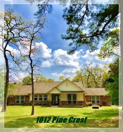 1012 Pine Crest Drive, New Ulm, TX 78950