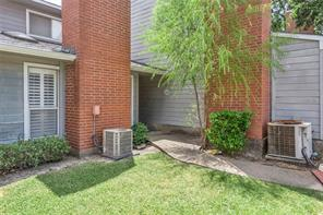 1501 Stallings, College Station TX 77840