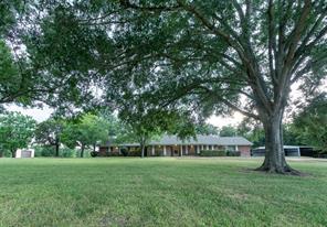 5330 Sandy Creek, Brenham TX 77833