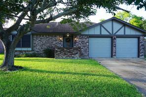 333 Munson, Angleton, TX 77515
