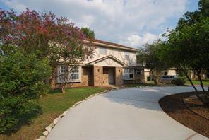 1810 pinewood court, sugar land, TX 77498