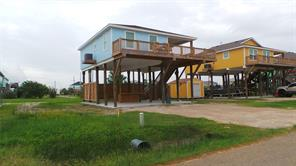 922 Jacks, Crystal Beach, TX, 77650