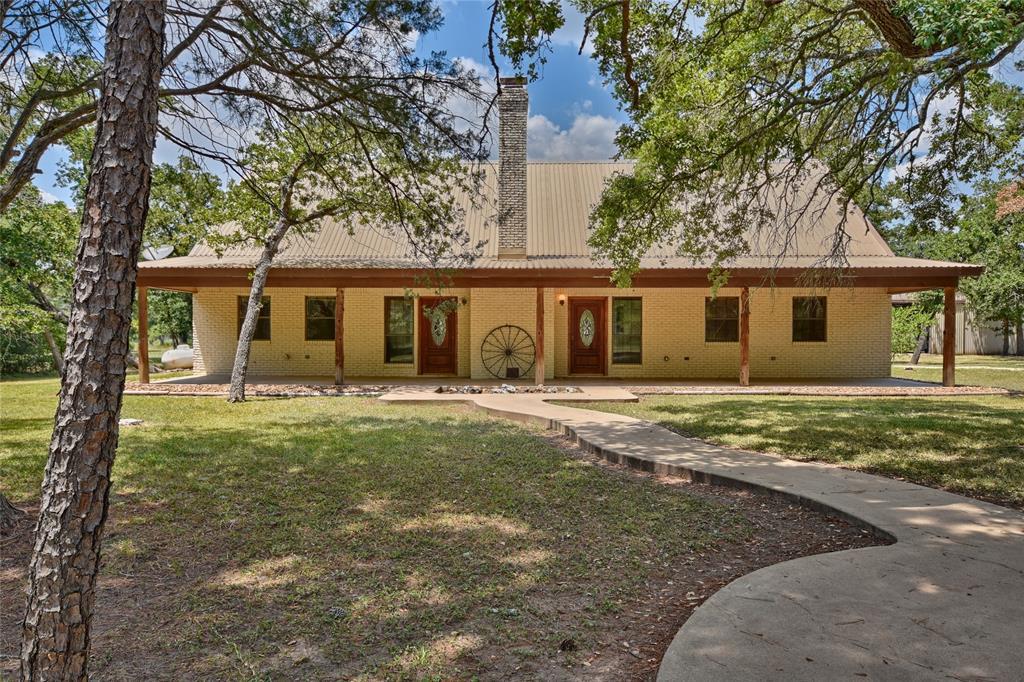 1655 1655 Smith Rau Road Road, Columbus, TX 78934