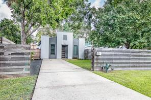 521 W 27th Street, Houston, TX 77008