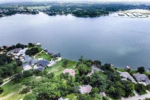 14414 Lake Vista Court, Willis, TX 77318
