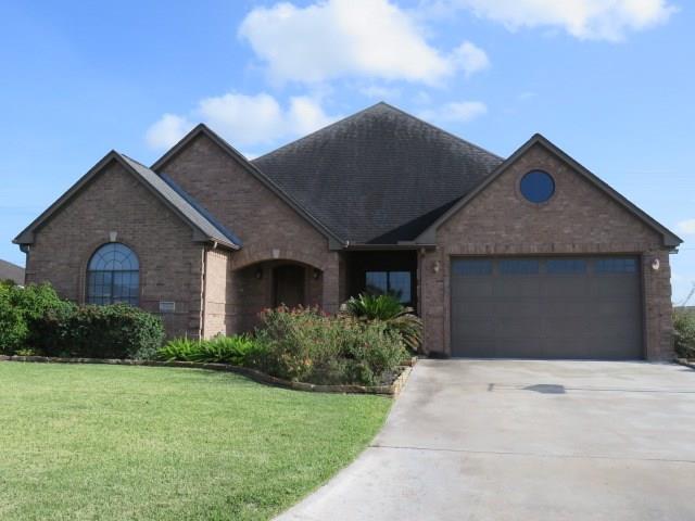 401 Sam Houston Drive, El Campo, TX 77437