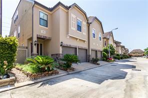2919 Royal Oaks Grove, Houston, TX 77082