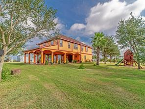 1078 County Road 447, Waelder TX 78959
