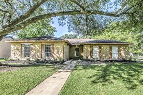 Houston Home at 516 Avondale Lane Friendswood , TX , 77546-3606 For Sale