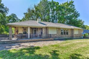 14 Harbour Point Circle, Coldspring, TX 77331