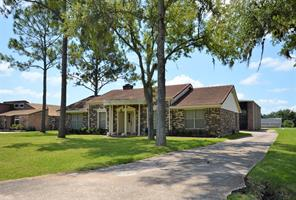 Houston Home at 2110 Butler Drive Friendswood , TX , 77546-5514 For Sale