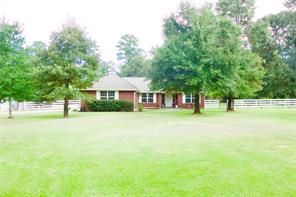229 Greenbriar Drive, Magnolia, TX 77355