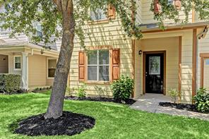 427 Remington Creek Drive, Houston, TX 77073