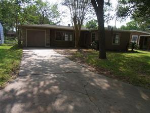 1413 frost street, rosenberg, TX 77471