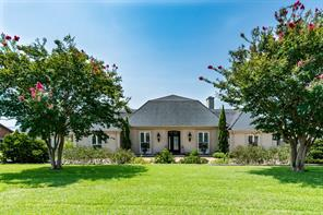 Houston Home at 208 Edgewater Drive Livingston , TX , 77351 For Sale
