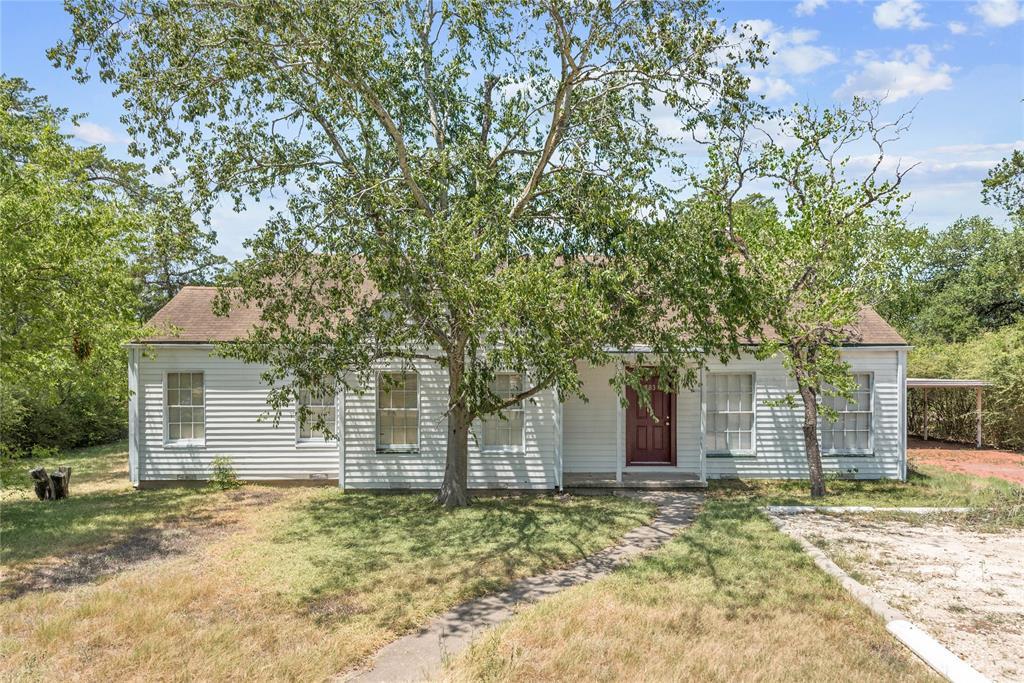 303 & 305 Walton Drive, College Station, TX 77840