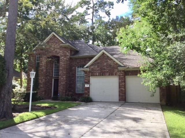 RECENTLY installed carpet downstairs, NEW DRYER and REFRIGERATOR!, Kenmore Elite washer/dryer. The home features 4 generous size bedrooms or a spacious study with 3 large bedrooms. In addition, there is a large dining room and eat in kitchen.  Two desk areas, one area in the kitchen and one area off the game room! Ideal floor plan for your family. Kitchen offers a BOSCH dishwasher, lots of cabinets and gas cook top.  Master located on the 1st floor, upstairs game room, inviting family room, gas log fireplace, screened in porch, outstanding LARGE park like back yard! Good freeway access, walking distance to nearby retail centers, restaurants and Sundance Park. Quiet residential location! MOVE IN READY!