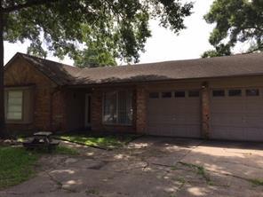 150 White Cedar Street, Houston, TX 77015