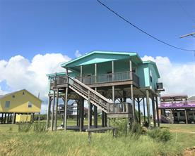 817 Johnson Crawford, Port Bolivar TX 77650