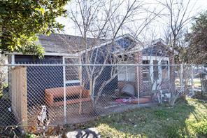 1309 boulder street, houston, TX 77012