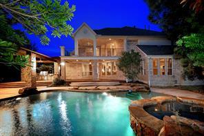 99 W Hullwood Circle, The Woodlands, TX 77389