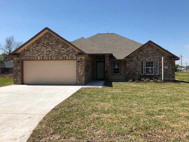 405 N Holly Street, Sweeny, TX 77480