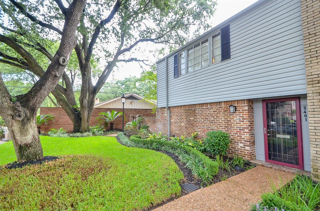 2401 Briar Ridge Drive, Houston, TX 77057