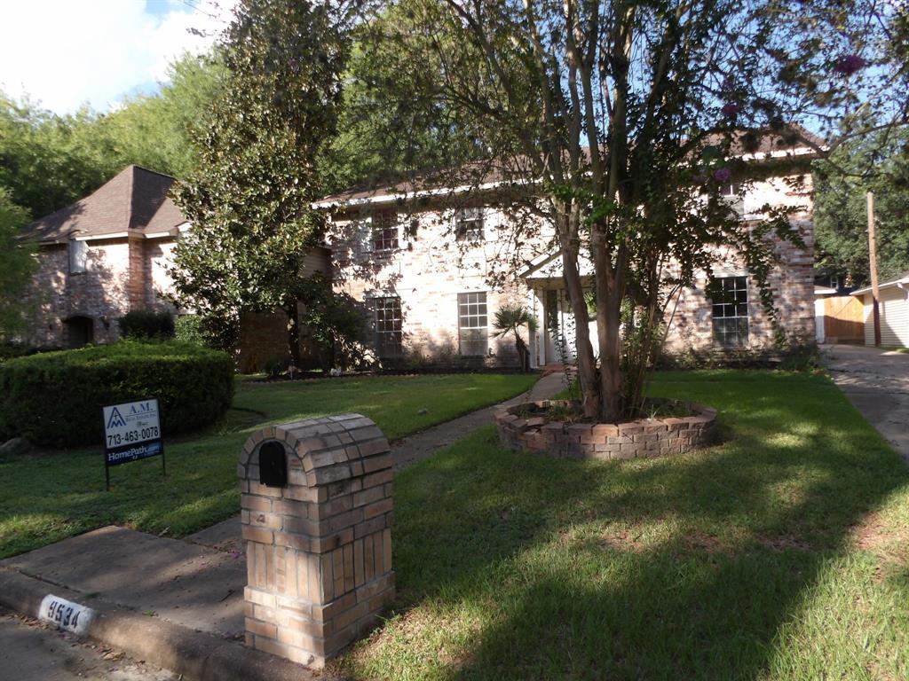 9534 KINDLETREE Drive, Houston, TX 77040