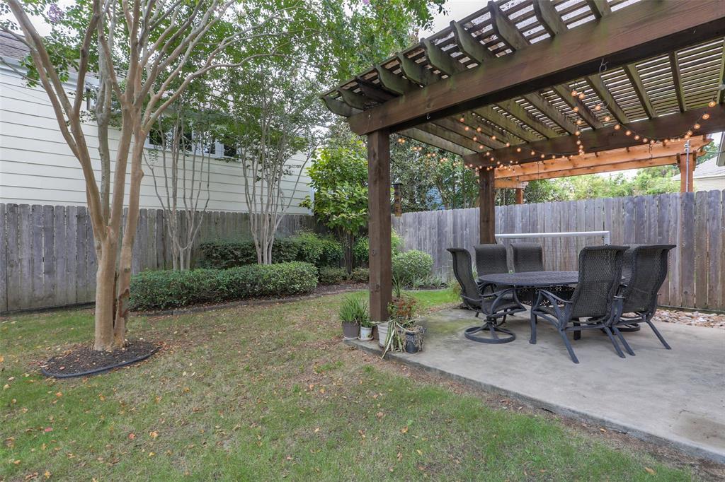Large, fully-fenced back yard.