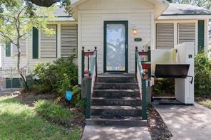 Houston Home at 4411 Avenue Q 1/2 Galveston , TX , 77550-7342 For Sale