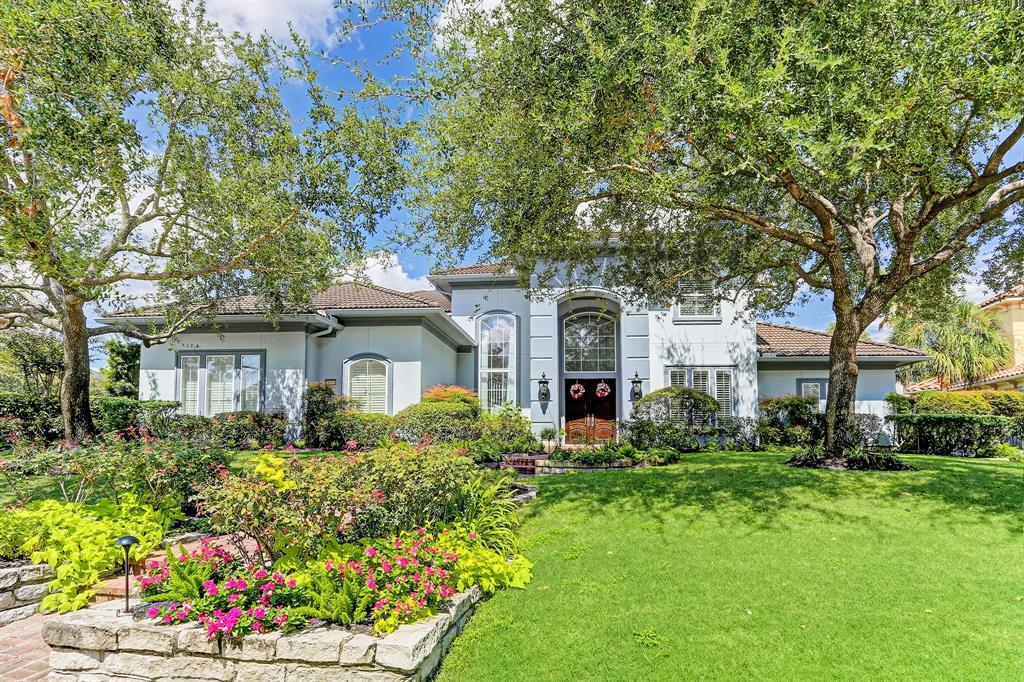 11630 Versailles Lakes Lane, Houston, TX 77082