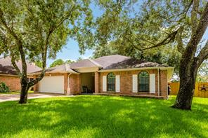 Houston Home at 2505 S Mission Circle Friendswood , TX , 77546 For Sale