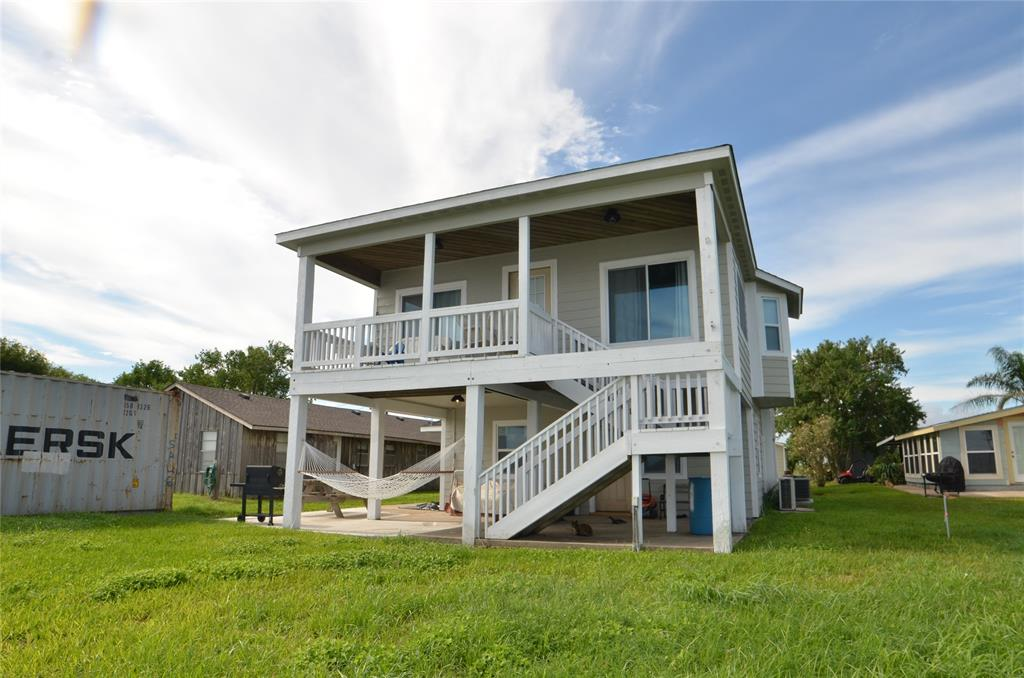 755 County Road 307, Port Lavaca, TX 77979